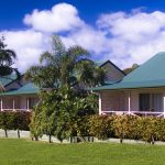 Accommodation Deal - POINCIANA COTTAGES - VALLEY VIEWS AND CLOSE TO CAFES & SHOPS