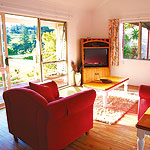 Accommodation Deal - POINCIANA COTTAGES - VALLEY VIEWS; LOVELY GROUNDS AND GREAT BBQ AREA TO RELAX IN