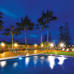 Accommodation Deal - SOUTH PACIFIC RESORT - BREAKFAST DAILY - GREAT CENTRAL LOCATION