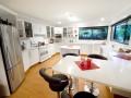 Rocky Point Lodge kitchen