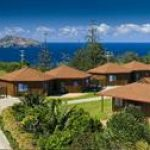 Accommodation Deal - OCEAN BREEZE COTTAGES - ENJOY SWEEPING OCEAN VIEWS